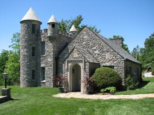 Yew Dell's stone castle, 5/09