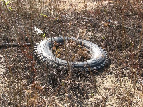Sinking tire