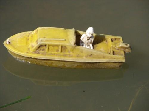 Yellow Boat, 10/09