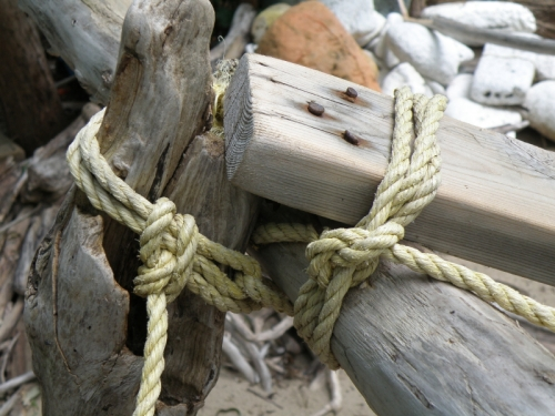 knots used to hold structure together, June 2013