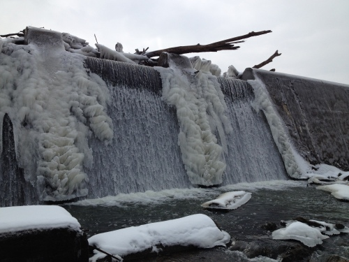 Ice formations on the dam's wall, Feb. 2015