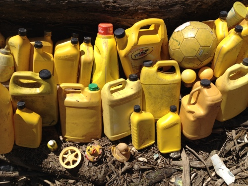 detail, yellow plastic trash, Falls of the Ohio, April 2015
