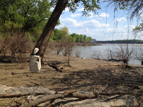 Bemoaning Figure, Falls of the Ohio, May 2015