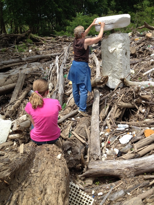 Anika and Marjie make a figure, Falls of the Ohio, May 2015