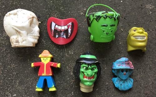Various plastic toy novelties, Falls of the Ohio, 2015