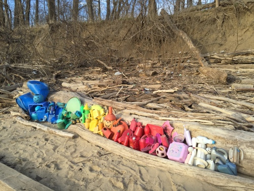 Western park plastic arrangement, Jan. 30, 2016
