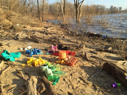 Sorting plastic into colors, Falls of the Ohio, Feb. 20, 2016